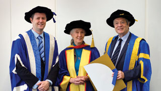 Dr Jane Goodall with UniSA Vice Chancellor Professor David Lloyd and Chancellor Dr Ian Gould