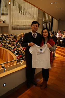 China Alumni Chapter President Mr Qiao Luqiang with fellow China Alumna