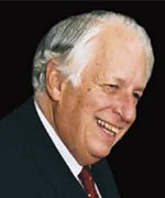 Gustav Nossal delivering the 2001 Annual Hawke Lecture